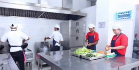 Pantry & Cafeteria Services Gama